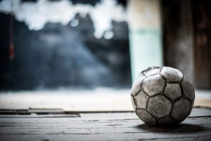 อุปกรณ์ในการเล่นฟุตบอลที่มีความจำเป็น