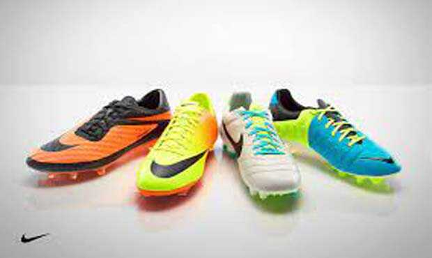 You are currently viewing รองเท้าสตั๊ดมีความแตกต่างกันอย่างไร